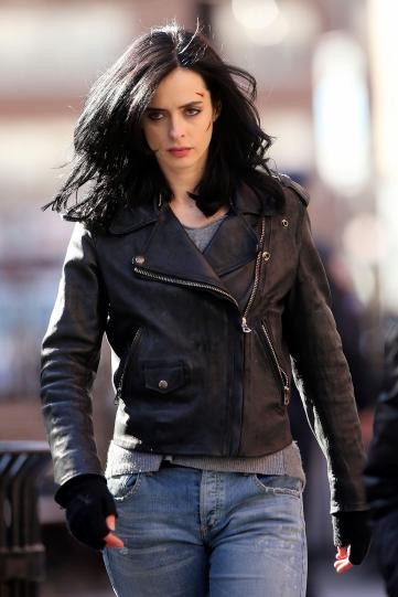24 Mar 2015, New York City, New York State, USA --- Actress Krysten Ritter, wearing a leather jacket and biker boots, films 'AKA Jessica Jones' with Wil Traval on March 24, 2015 in Tribeca, New York City. Krysten's face features bloody cuts. Pictured: Krysten Ritter --- Image by © Christopher Peterson/Splash News/Corbis