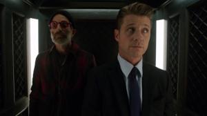 Gotham-2x09-Gordon-Elevator-300x168