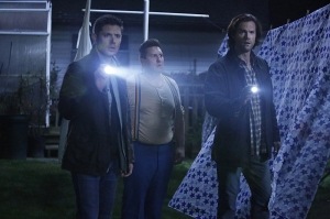 "Supernatural -- ""Just My Imagination"" -- Image SN1108B_0233.jpg -- Pictured (L-R): Jensen Ackles as Dean, Nate Torrence as Sully and Jared Padalecki as Sam -- Photo: Bettina Strauss/The CW -- © 2015 The CW Network, LLC. All Rights Reserved."