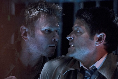 "Supernatural -- ""The Devil in The Details"" -- Image SN1110b_0099 -- Pictured (L-R): Mark Pellegrino as Lucifer and Jensen Ackles as Dean -- Photo: Katie Yu/The CW -- © 2016 The CW Network, LLC. All Rights Reserved."