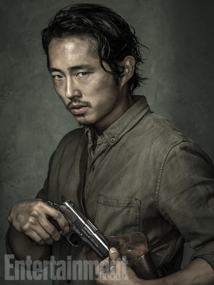 000218429-Steven-Yeun-The-Walking-Dead