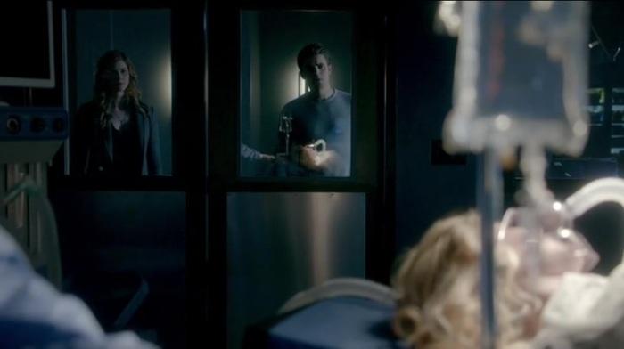 The-Vampire-Diaries-Season-7-Episode-13-30-a168.jpg