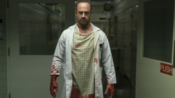 syfy-happy-tv-series-christopher-meloni
