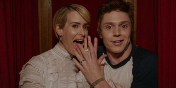 ahs-sarah-paulson-evan-peters